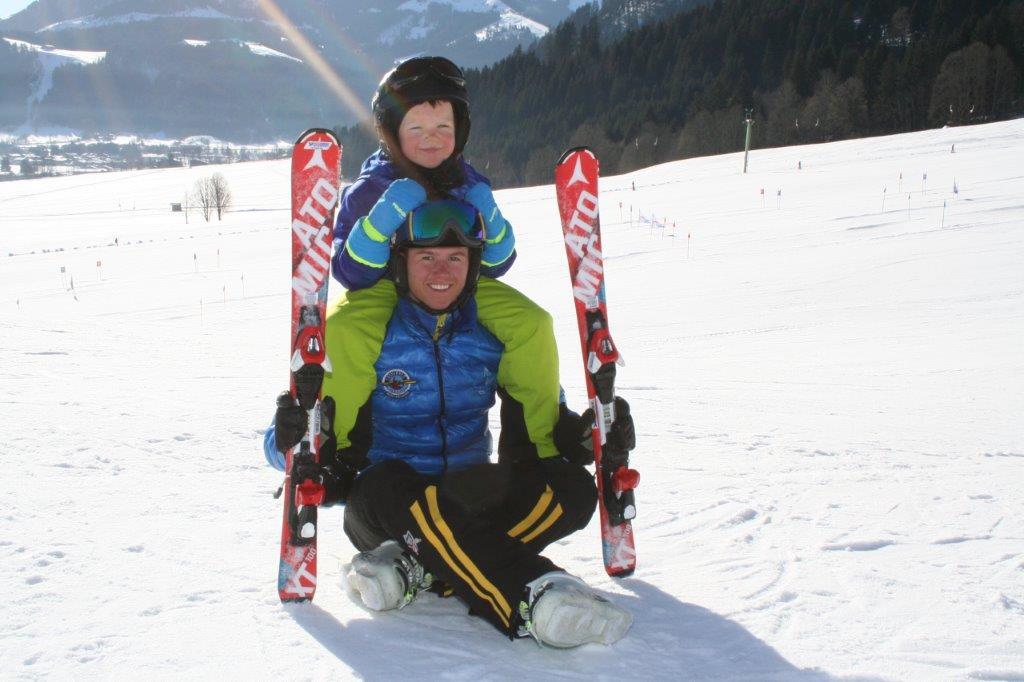 Sonnenskifahren in Kitzbühel mit der Skischule Reith bei Kitzbühel
