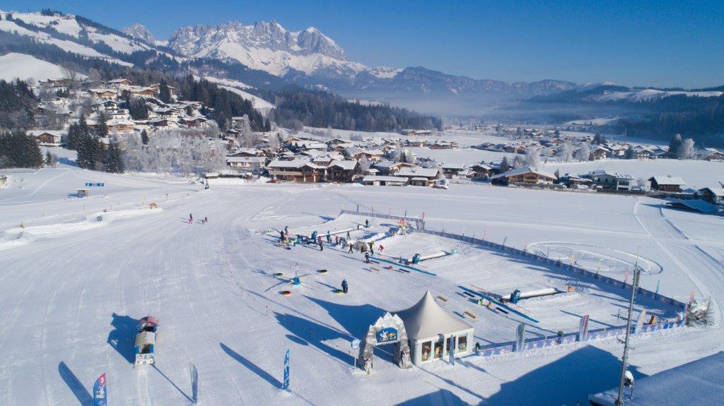 Die Reither Streif der Skischule Reith bei Kitzbühel präsentiert sich im Vorfeld des Hahnenkammrennens von seiner besten Seite ...