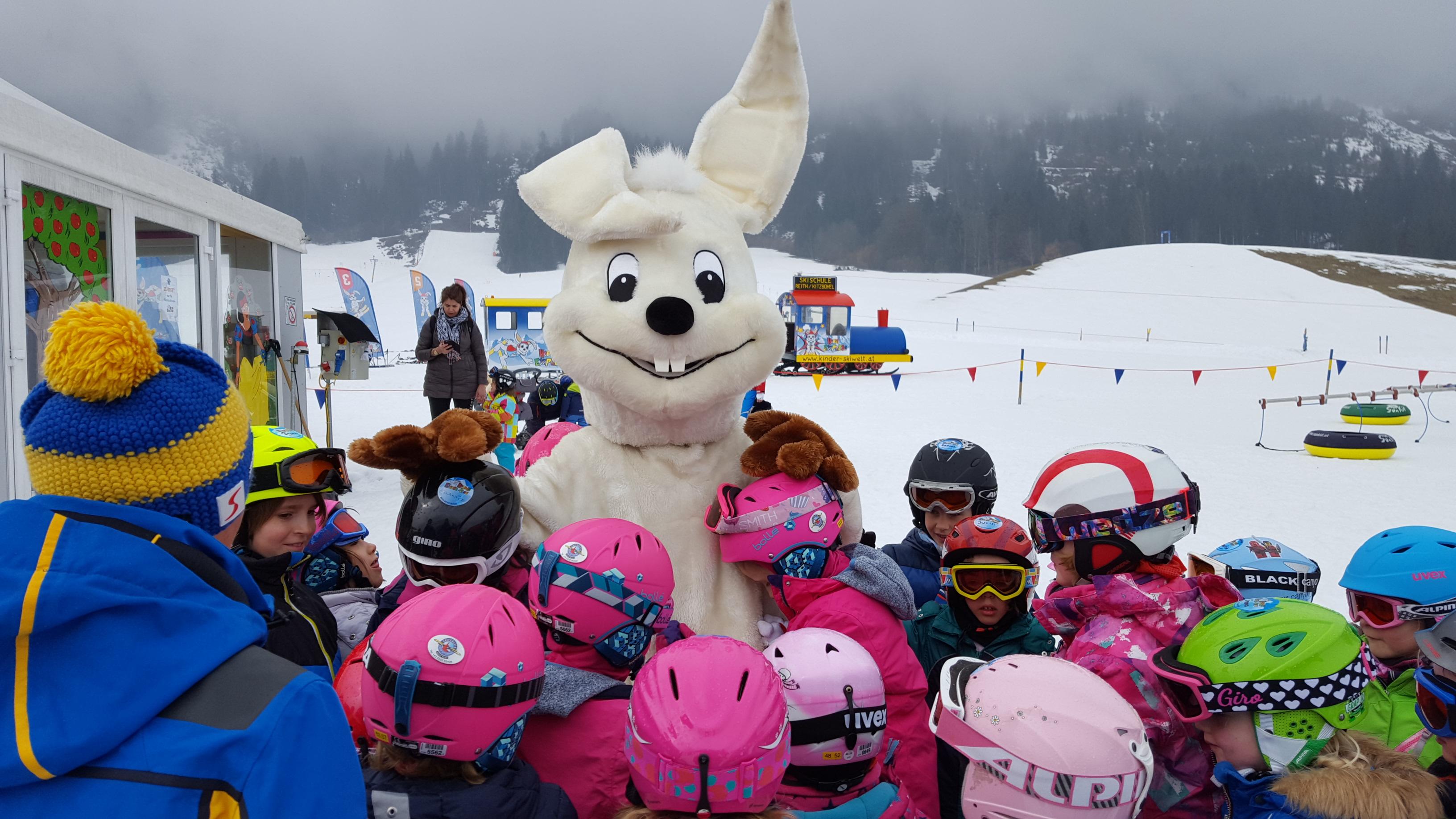 Die Kiddy´s Spezialskikurse der Skischule Reith bei Kitzbühel kosten die Hälfte - bei voller Leistung und individueller, professioneller Betreuung.