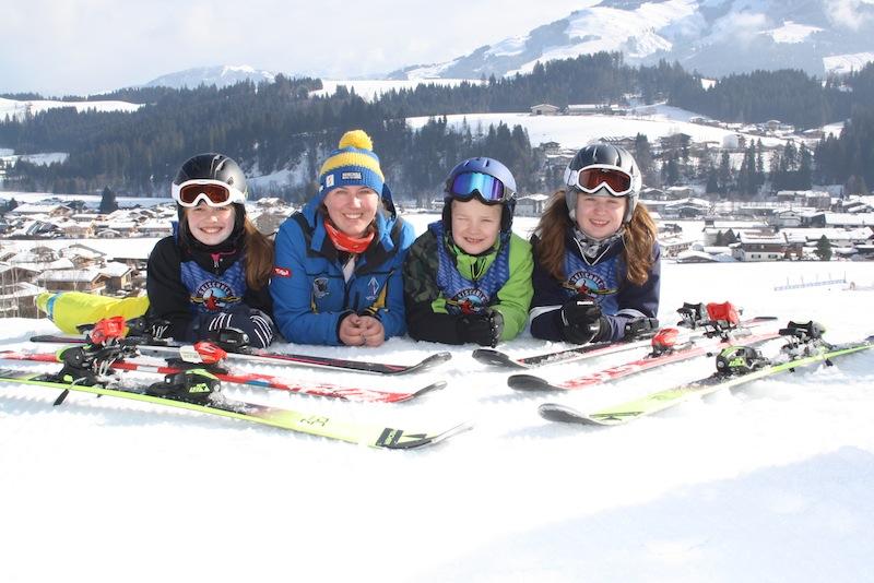 Kiddy´s Race - wochentlicher Höhepunkt der Skischulkinder der Skischule Reith bei Kitzbühel