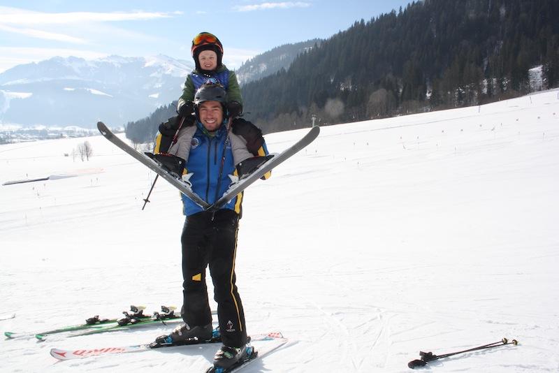 """Ein volles Wochenprogramm mit vielen Überraschungen erleben die Skikinder in der Skischule Reith bei Kitzbühel - mit dem Highlight """"kiddy´s race"""" jeden Donnerstag"""