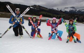 Perfekte Pisten- und Schneeverhältnisse auf dem Gelände der Skischule Reith bei Kitzbühel bis nach Ostern.