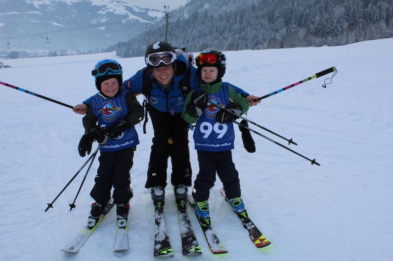 Beim Kiddy´s Race der Skischule Reith bei Kitzbühel fühlen sich die Skikinder wie große Stars