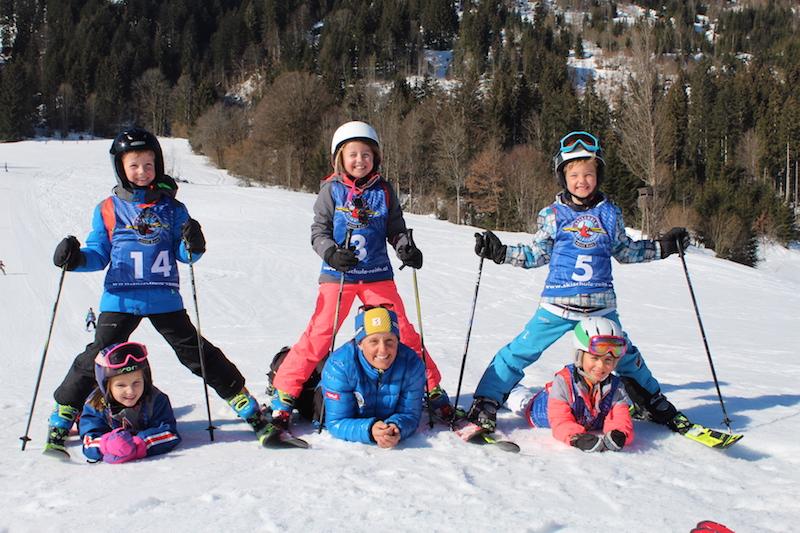 Das Kiddy´s Race ist ein beliebter Höhepunkt der Skischulwoche